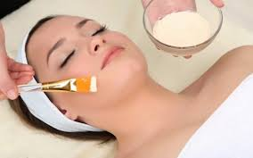 How to apply Foundation on Face Perfectly - Beauty Tips [howpk.com]